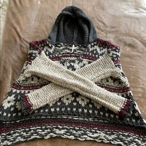 Adorable Free People knit sweater